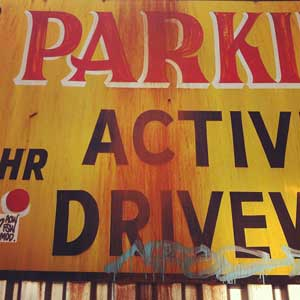 "New York City signage: ""No Parking"""