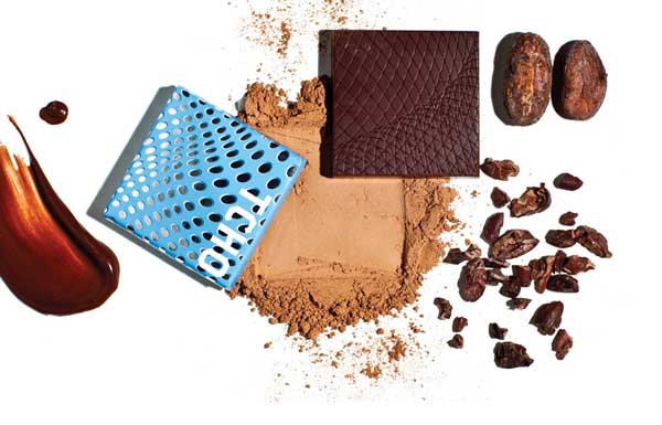 Tcho chocolate package, ground chocolate and cocoa nibs