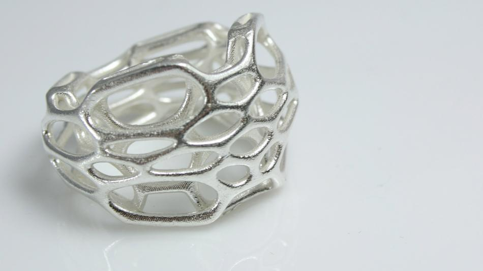 3D-printed silver ring