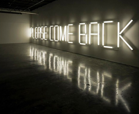 "Claire Fontaine artwork - ""PLEASE COME BACK"" lit up"